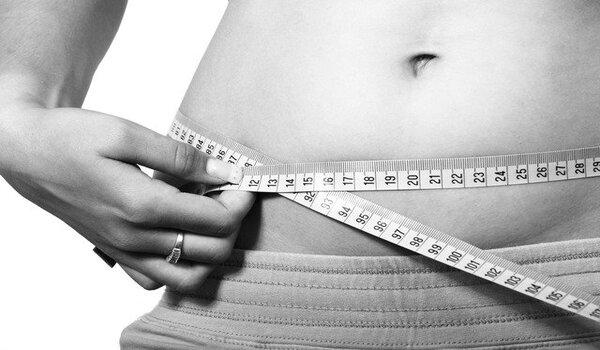 Hormonal Weight Gain: हार्मोनल बैलेंसिंग थेरेपी से वजन कैसे कम करें?